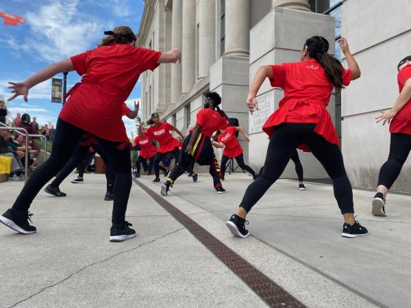 Photograph of How Movement Moves dance performance